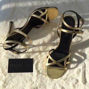 NWOT Zara Metallic Gold Cutout Double Ankle Strap